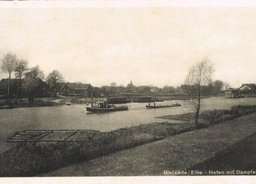 Hafen Bleckede mit Dampfer