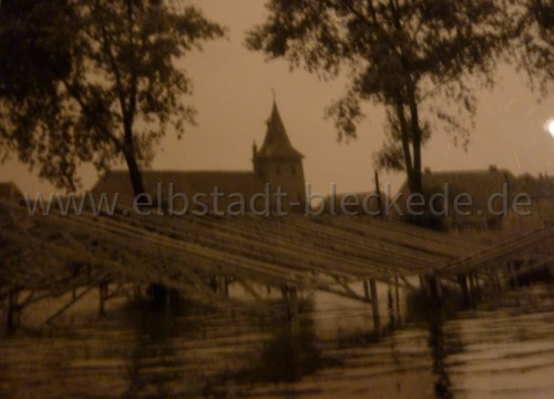 Schützenfest bei Hochwasser