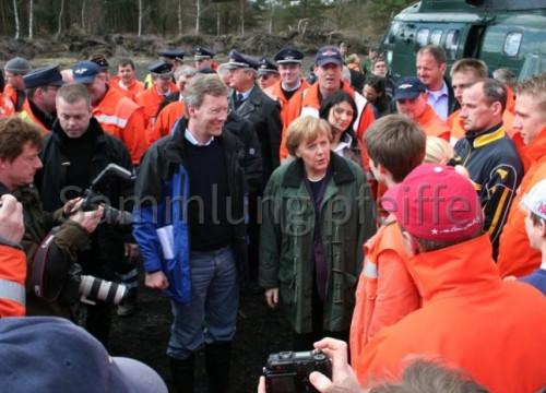 Hochwasser 2006 - Merkel & Wulf in Alt Garge