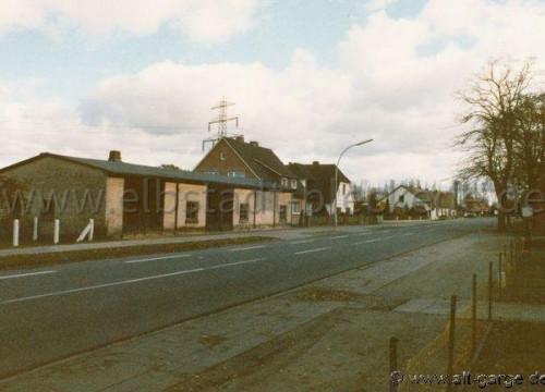 Hochmast hinter dem Haus von Heinz Blanck Hauptstr. 1981