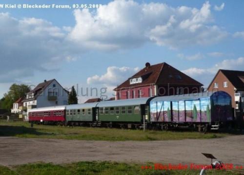Heideexpress am Bahnhof