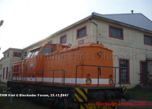 Das EAW (Eisenbahnausbesserungswerk) mit einer Lok.