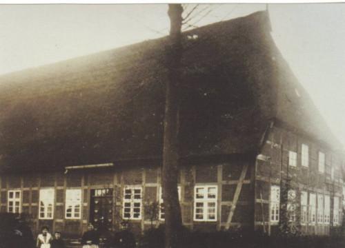 Bauernhaus - heute Kurt-Löwenstein-Schule