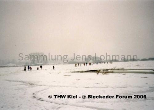 Zugefrorene Elbe Januar 1996