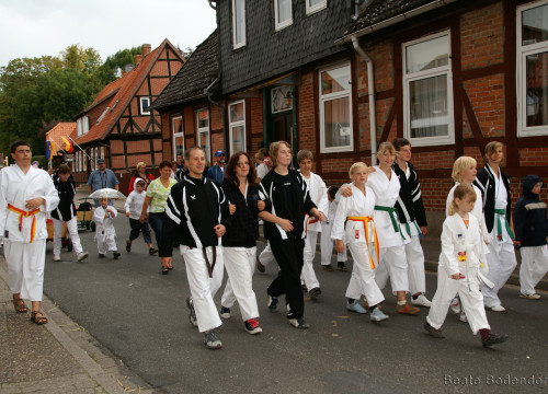 800 Jahre Umzug - Karateteam Bleckede