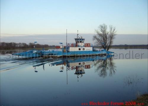 Fähre am 08.02.2008 im Hafen