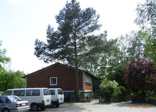 Kinderdorf Alt-Garge - Dorfplatz und Haus 2