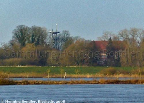 Hochwasser mit Blick auf Burgturm 2008