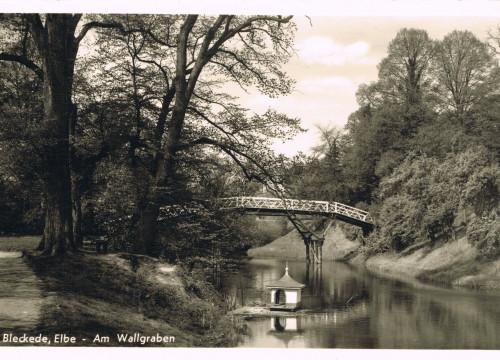 Wallgraben mit Brücke 1932