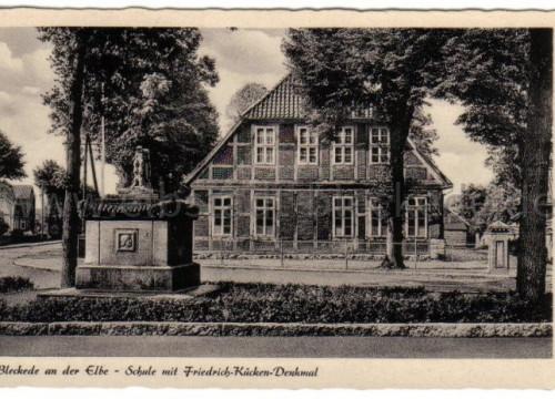 Kückendenkmal mit Schule