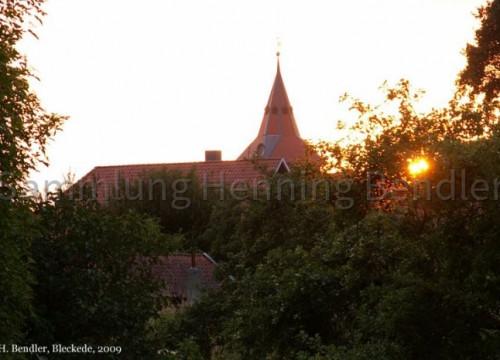 Kirchturm im Sonnenuntergang
