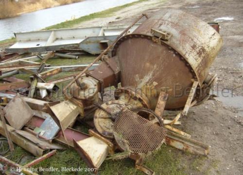 Hafenschrott Lagerschuppen 2007