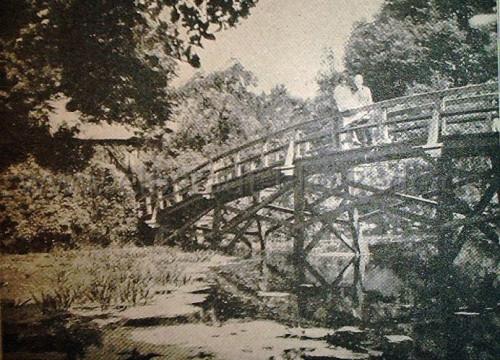 Brücke über den Wallgraben