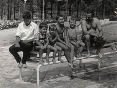 Waldbad 1964 - Kinder auf Sprungbrett
