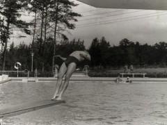 Waldbad 1964 - Sprung vom Einer
