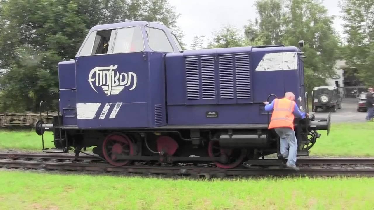 Mak 240b (Lok V9) mit Kieszug auf der Bleckeder Kleinbahn.